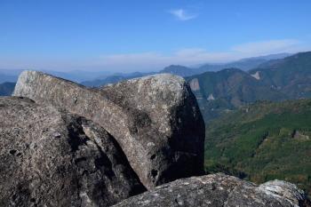 カランコロン岩の上