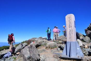 悪沢岳(東岳)の山頂(標高3141m)