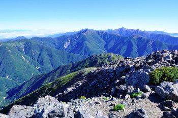 悪沢岳(東岳)の眺めです。その1