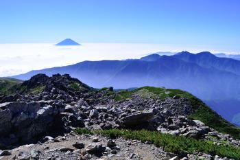 悪沢岳(東岳)の眺めです。その4