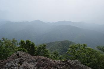 巨石の上からの眺め