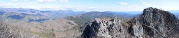 西峰のパノラマです。その2