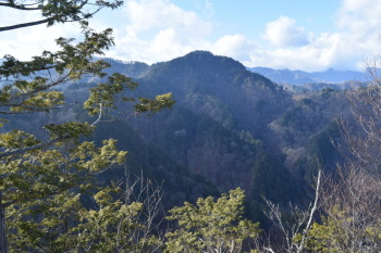天丸山から見た帳付山