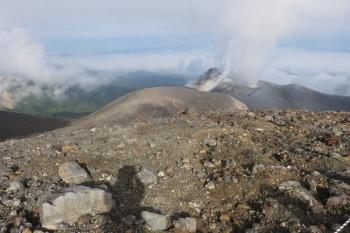 十勝岳の肩の眺めです。その1