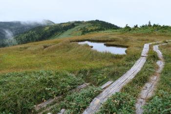 中門岳の山頂付近(標高2060m)