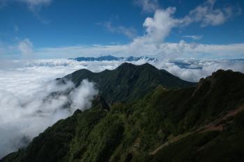 権現岳方向の眺望