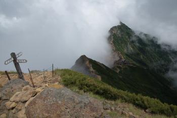 赤岳頂上小屋付近の眺望