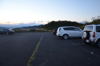 展望所の駐車場