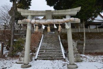 大川神社正面