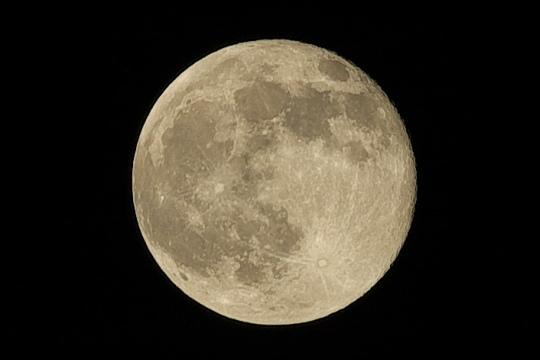 27日の満月